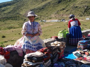 peru-woman-colca-canyon1